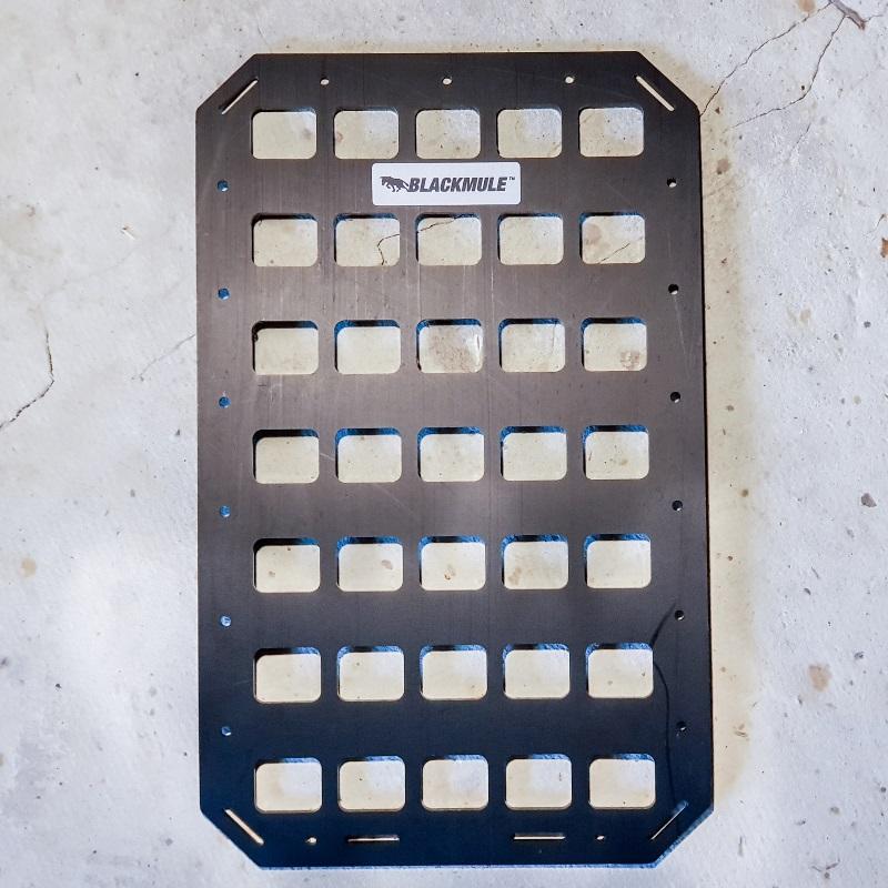 Несущая панель для сумки или рюкзака (5х7 ячеек), 23.5x38см